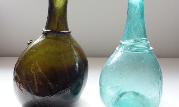 Saddle Flasks – Type V – Photo 1
