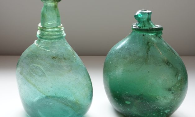 Saddle Flasks – Type V – Photo 7