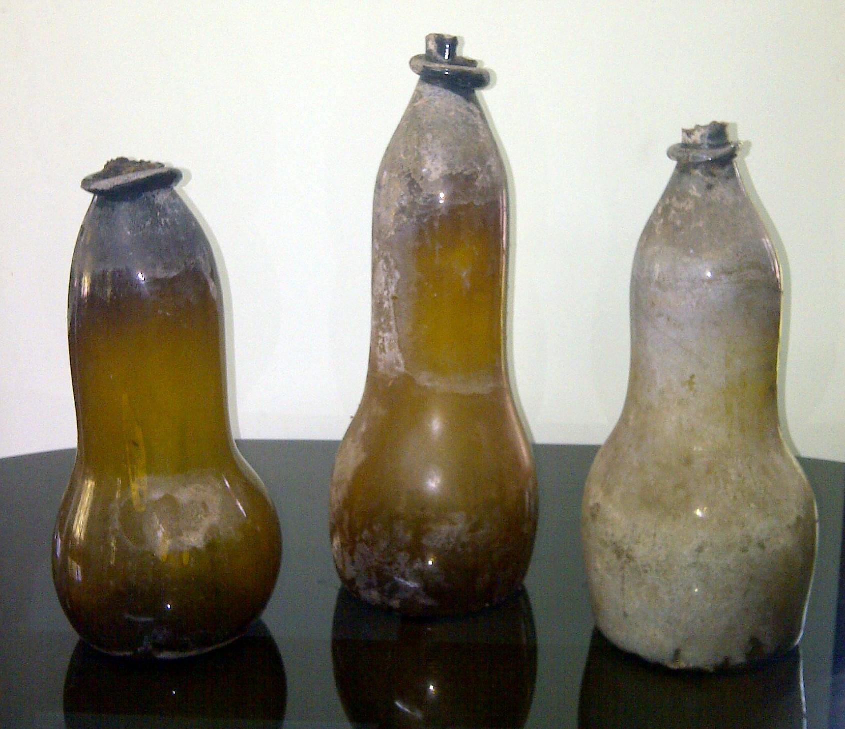 Double-Gourd Transport Bottles