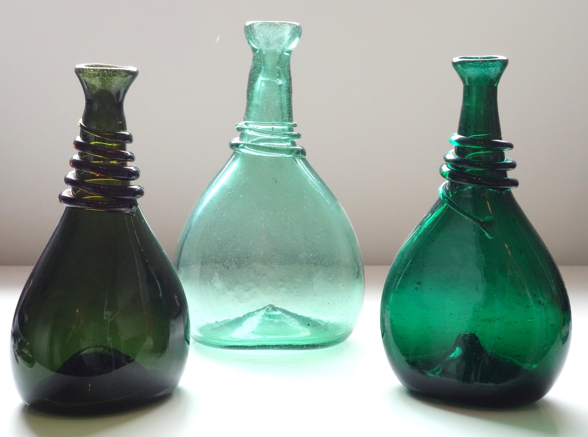 Saddle Flasks – Type V – Photo 10