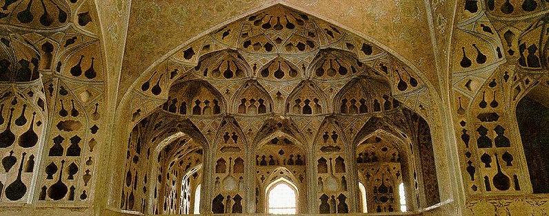 Iran_Isfahan_Ali_Qapu_Music_Room_02